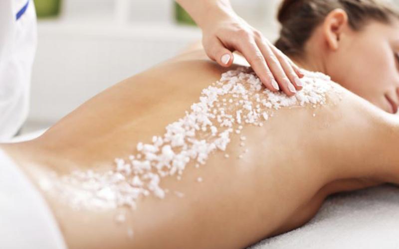 peeling-corpo-con-massaggio